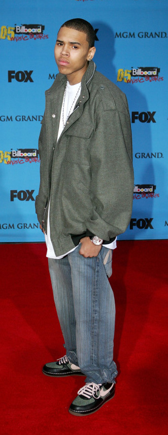 arrives at the 2005 Billboard Music Awards held at the MGM Grand Garden Arena on December 6, 2005 in Las Vegas, Nevada.