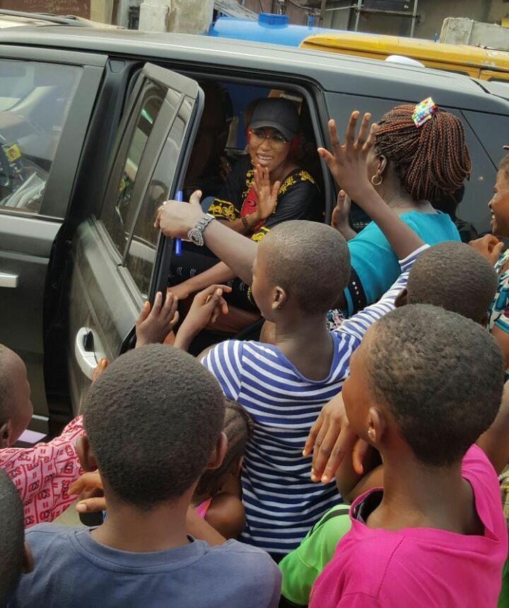 Cynthia Morgan visits orphanage 2