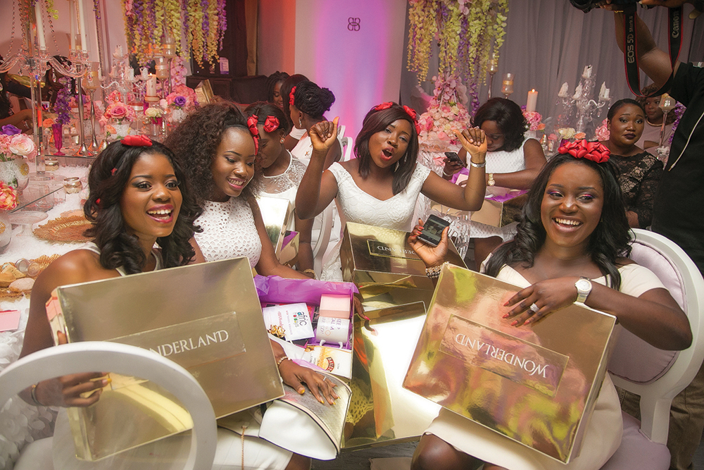 Wedding Experience Gifts: Wedding Souvenirs: The Pains And Excitement