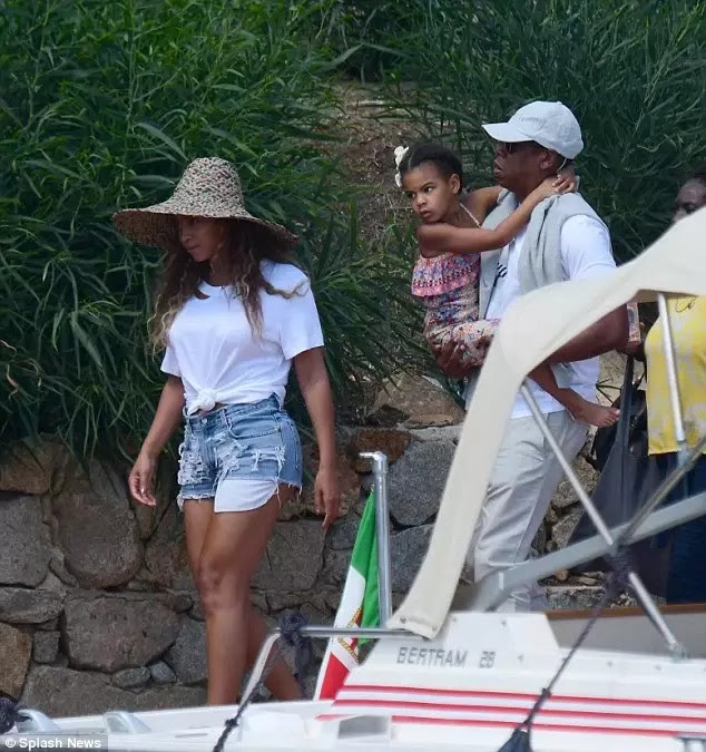 Beyonce and Jaz vacation6