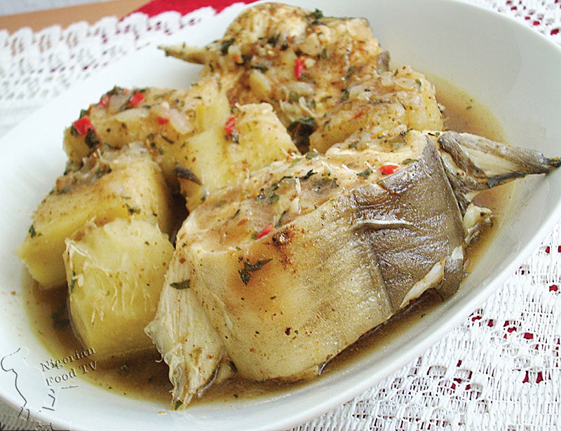 Yam and fresh pepper soup----Nigerianfoodtv.com