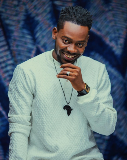 adekunle-gold-is-king-in-ankara-themed-photos4