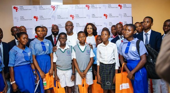 herbert-onyewumbu-wigwe-antonia-ally-and-joshua-ajitena-with-queens-college-students