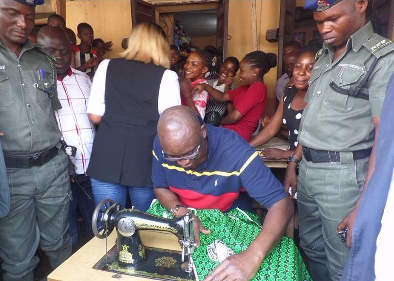 Fayose-Turns-Tailor