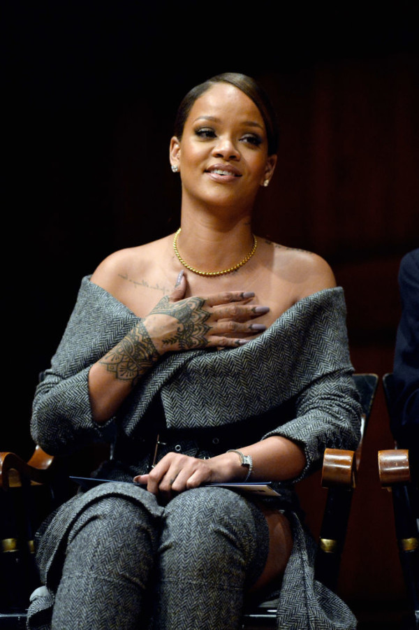CAMBRIDGE, MA - FEBRUARY 28:  Rihanna receives the 2017 Harvard University Humanitarian of the Year Award at Harvard University's Sanders Theatre on February 28, 2017 in Cambridge, Massachusetts.  (Photo by Paul Marotta/Getty Images)